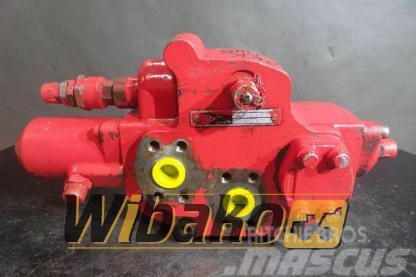 O&K Control valve O&K MH5 2455675