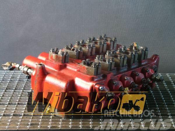O&K Control valve / Rozdzielacz O&K 2241545 M/5