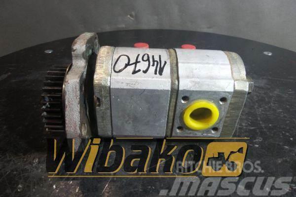 O&K Gear pump O&K 2224971R