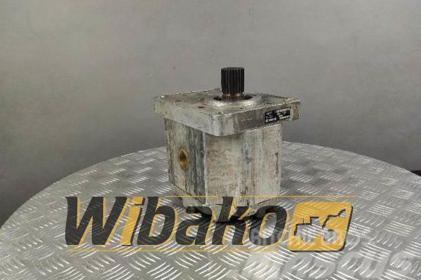 [Other] Jihostroj Gear pump Jihostroj U100 302070