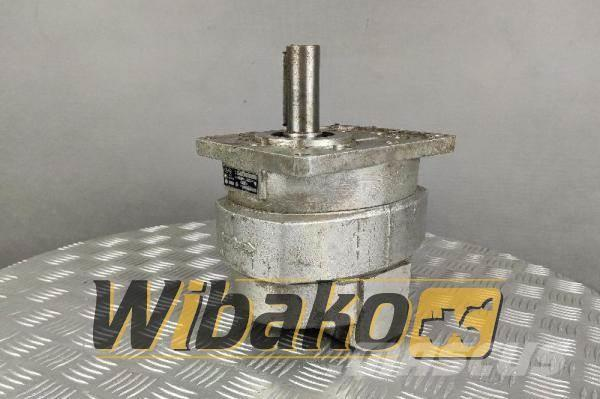 [Other] Jihostroj Gear pump Jihostroj 352ZM B25R
