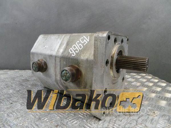 [Other] Jihostroj Gear pump / Pompa zębata Jihostroj UR100