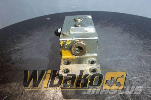 [Other] Oil Control Valves set Oil Control 08479503726001A