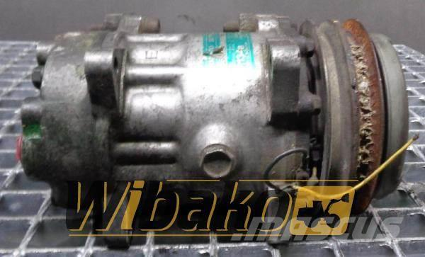 [Other] Sanden Air conditioning compressor Sanden R134A B7