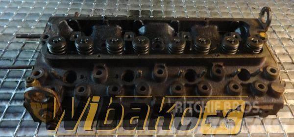 Perkins Cylinder head Perkins 4.236