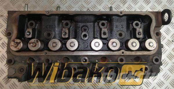 Perkins Cylinder head Perkins 4.236 3711681A/2