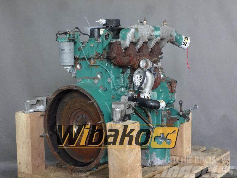 Perkins Engine Perkins 1004-40TA