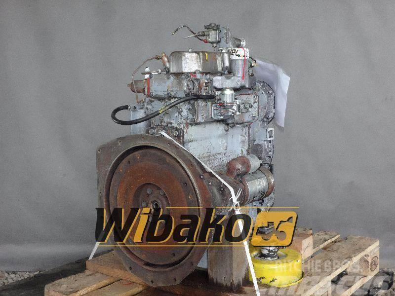 Perkins Engine / Silnik spalinowy Perkins 3 CYL.