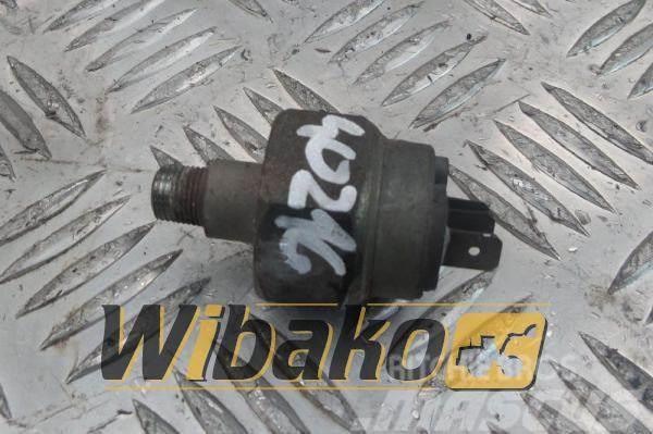 Perkins Pressure sensor Oleju Perkins 1006E-6T