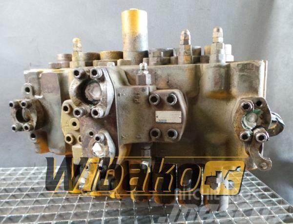 Rexroth Control valve / Rozdzielacz Rexroth M8-1002-01/7M8