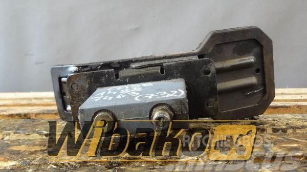 Rexroth Pedal / Pedał Rexroth 22684102 50433-87-S