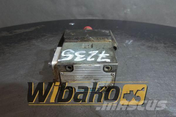 Rexroth Valves set Rexroth 4WE6GA53/AG12NZ4
