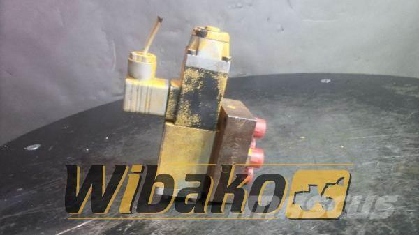 Rexroth Valves set Rexroth 4WE5C6.2/G24N 426232/5