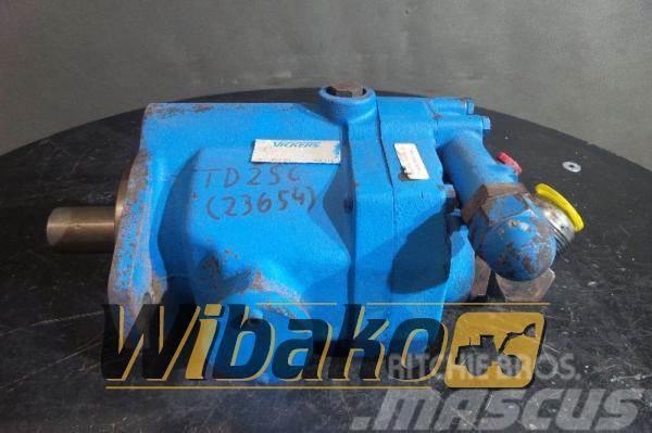 Vickers Hydraulic pump / Pompa hydrauliczna Vickers PVB15R
