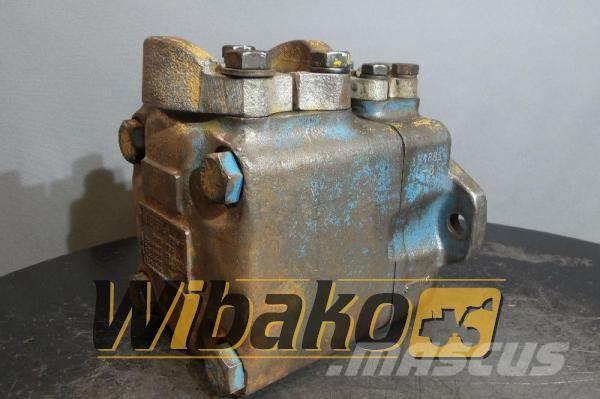 Vickers Hydraulic pump Vickers 45VQ50A11C2