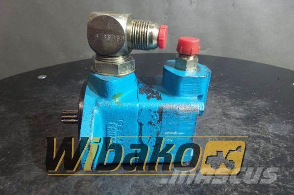 Vickers Hydraulic pump Vickers V101S4S11C20 390099-3