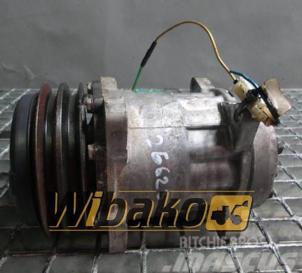 Volvo Air conditioning compressor Volvo SD7H15/8053 1110