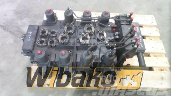 Volvo Akerman main control valve / Rozdzielacz główny Vo