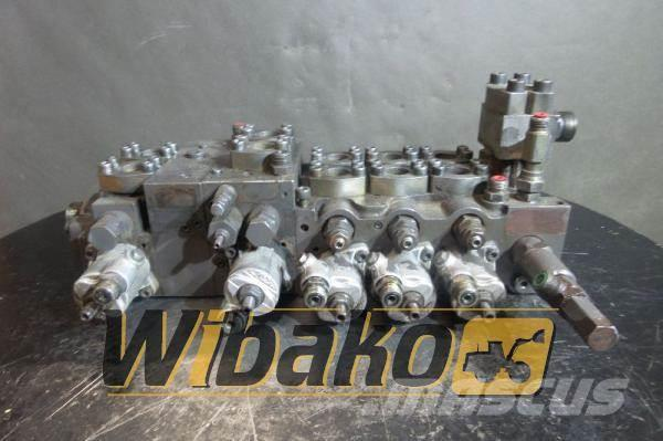 Volvo Control valve Volvo EW140 M/4