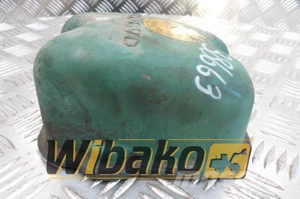 Volvo Cylinder head cover Volvo TD122KHE 3566-2