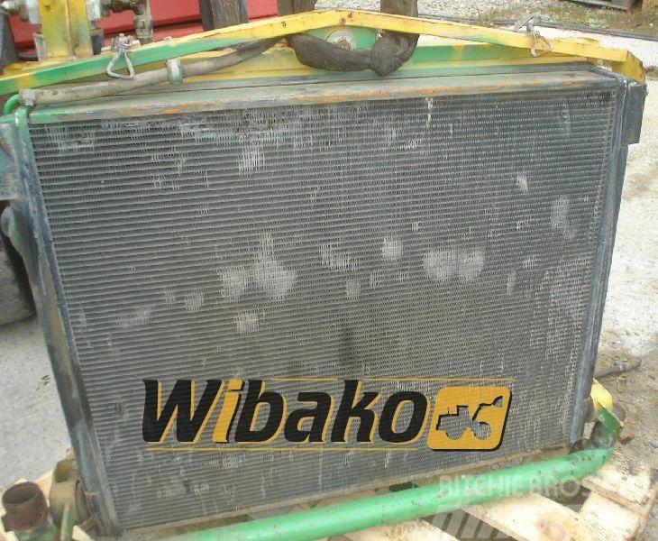 Volvo Oil radiator / Chłodnica olejowa Volvo A25