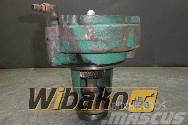 Volvo Water pump Volvo D16 1000972