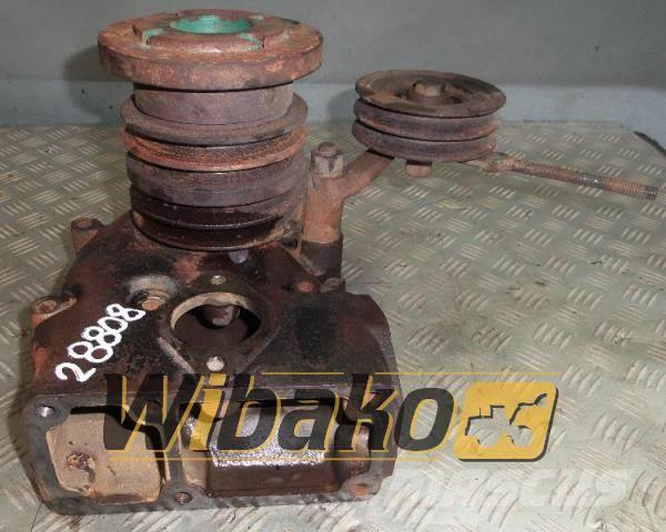 Volvo Water pump Volvo TD100 207811