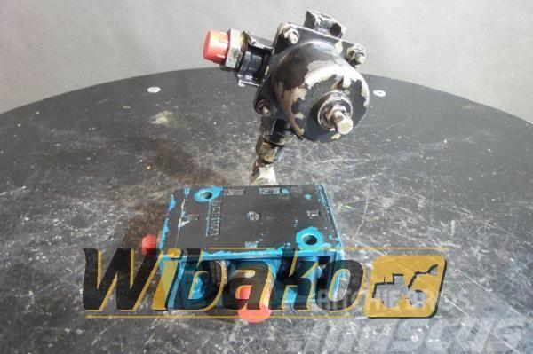 Wabco Valves set Wabco 5711100200 - Hydraulics, Year of