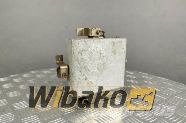 ZF Gearbox controller ZF 6009054070 EST-17T/004740GS0