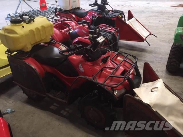 [Other] HM Honda 420 sprøjtemaskine, kun 960 timer