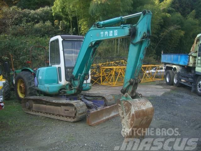 Komatsu PC40-7E