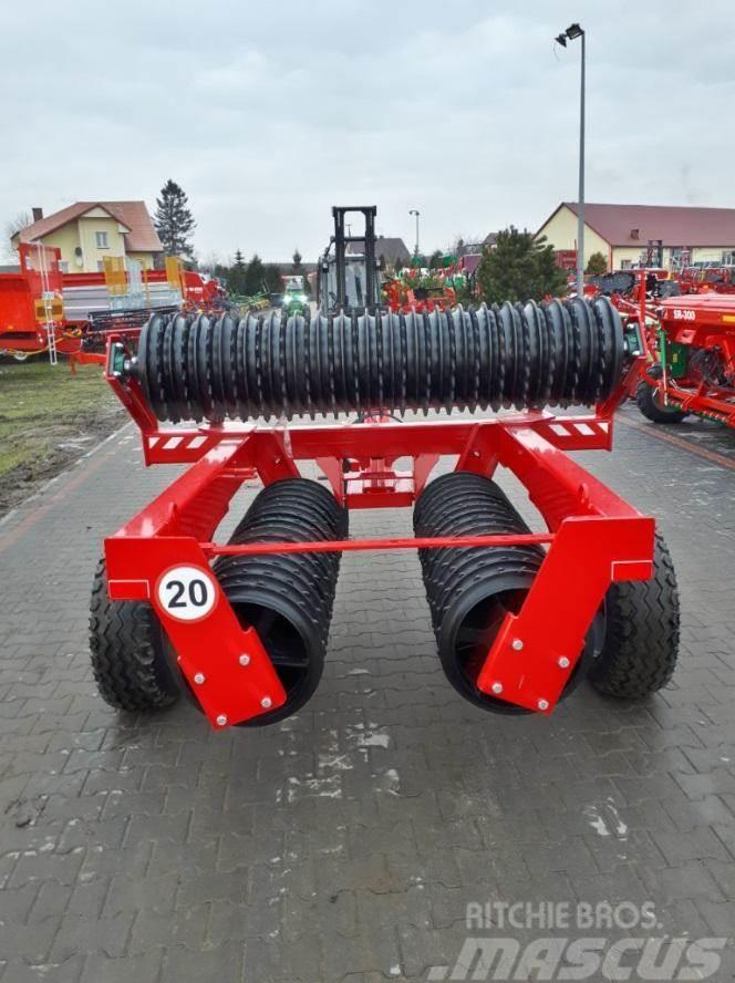 Agro-Factory II Ackerwalze Gromix/ cultivating roller/ Wał upra