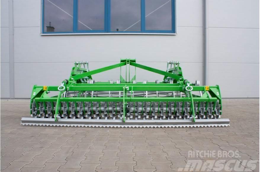 Bomet Schwer Saatbettkombination 2,5m-4m / Agregat upraw