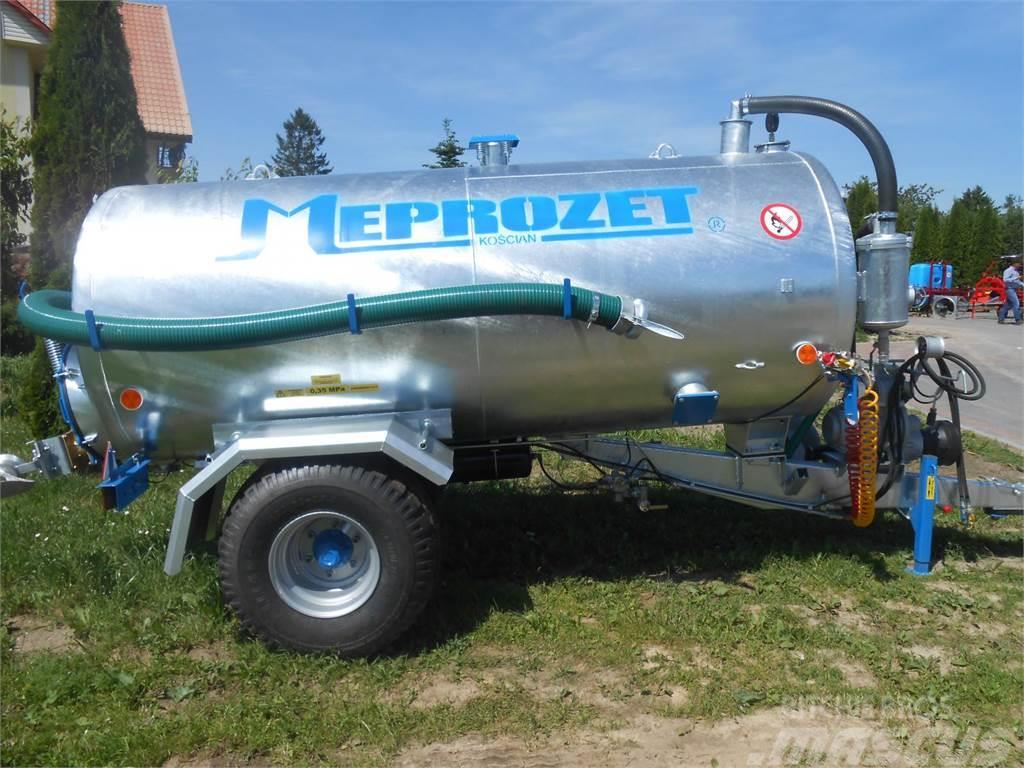 Meprozet Güllefässer 4,3 l / Slurry tank/ Beczkowóz T-527 (