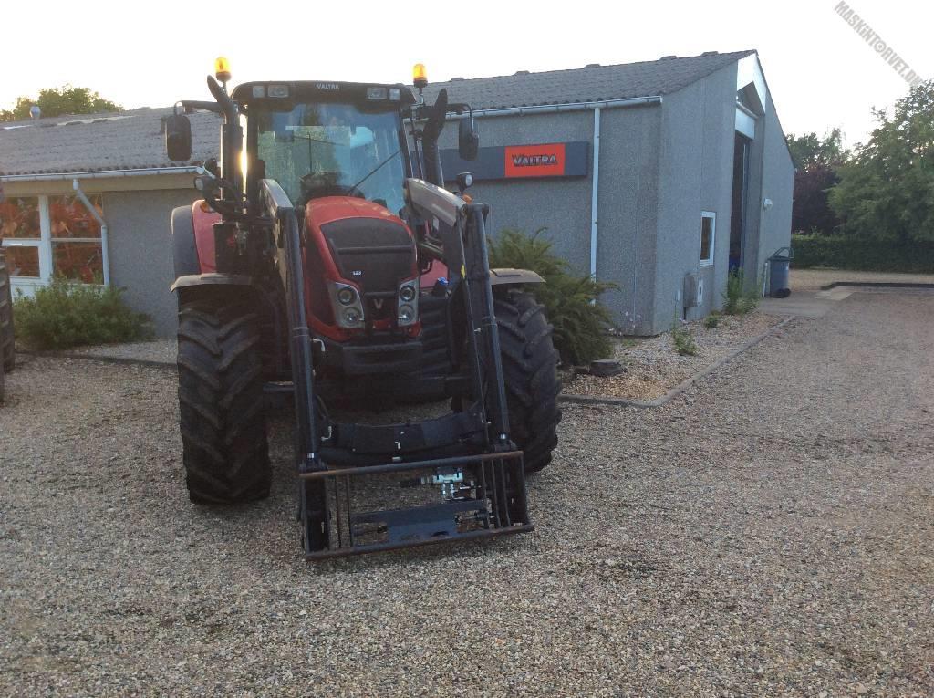 Valtra N123 Direct-Trinløs m/ Q56 Frontlæsser, Traktorer, Landbrug